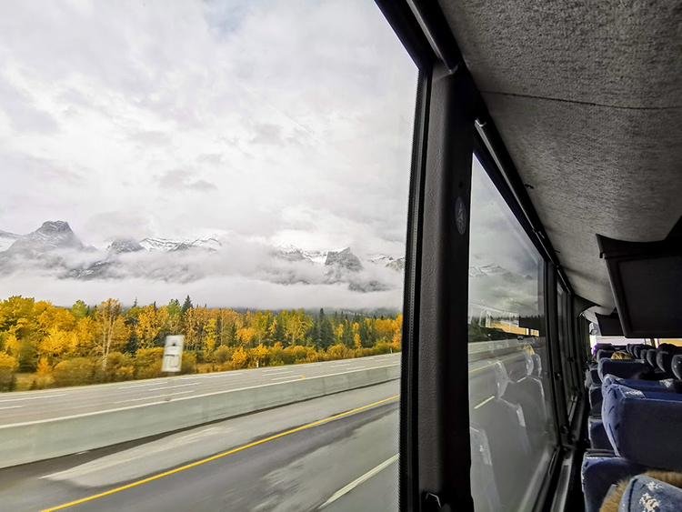Calgary to Banff Rider Express Bus