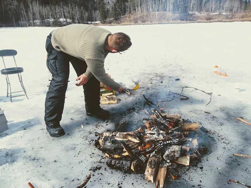 Ice Fishing campfire