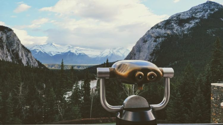 Banff without a car View binoculars