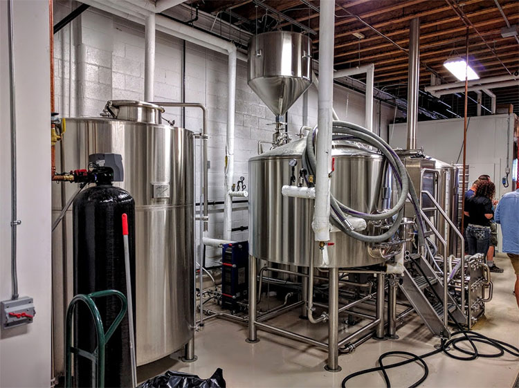Banded Peak Brewing Brewery Tour