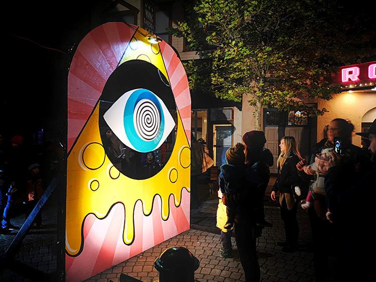 LUNA Art Festival Mesmerizing