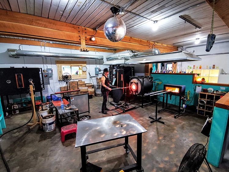 LUNA Art Festival Open Studio Big Eddy Glassworks