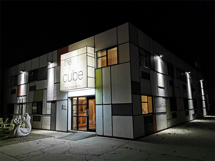 LUNA Art Festival cube hotel revelstoke